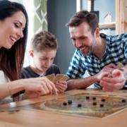 Jeux de société en famille